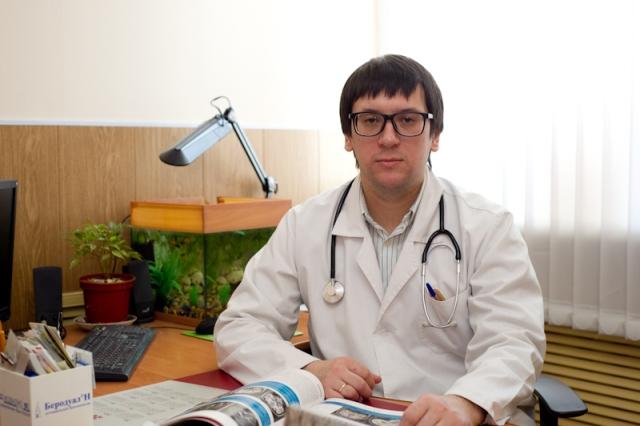 Заведующий отделением врач невролог